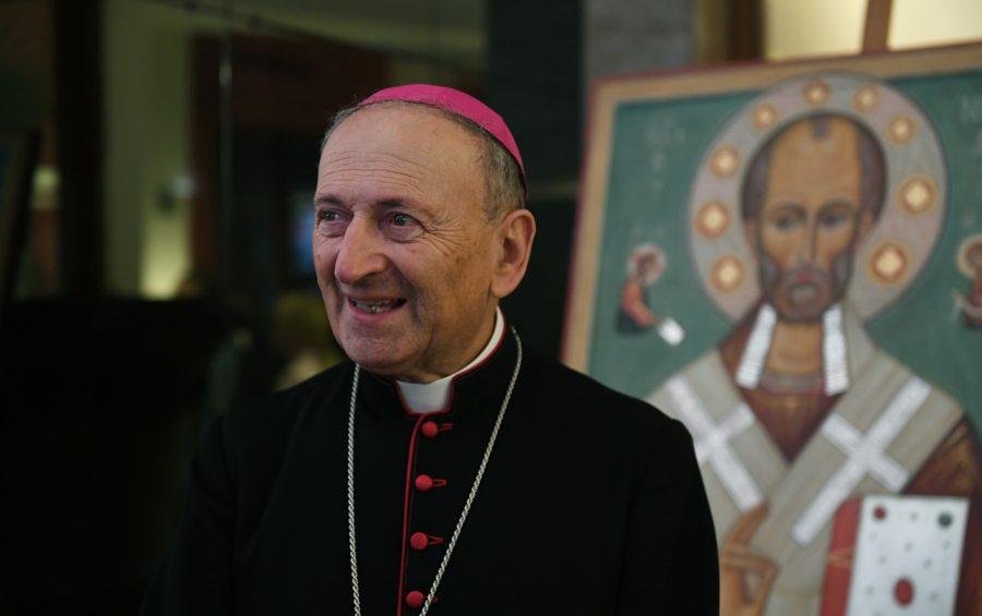 Mons. Francesco Cacucci, arcivescovo di Bari-Bitonto (Foto: AFP/SIR)