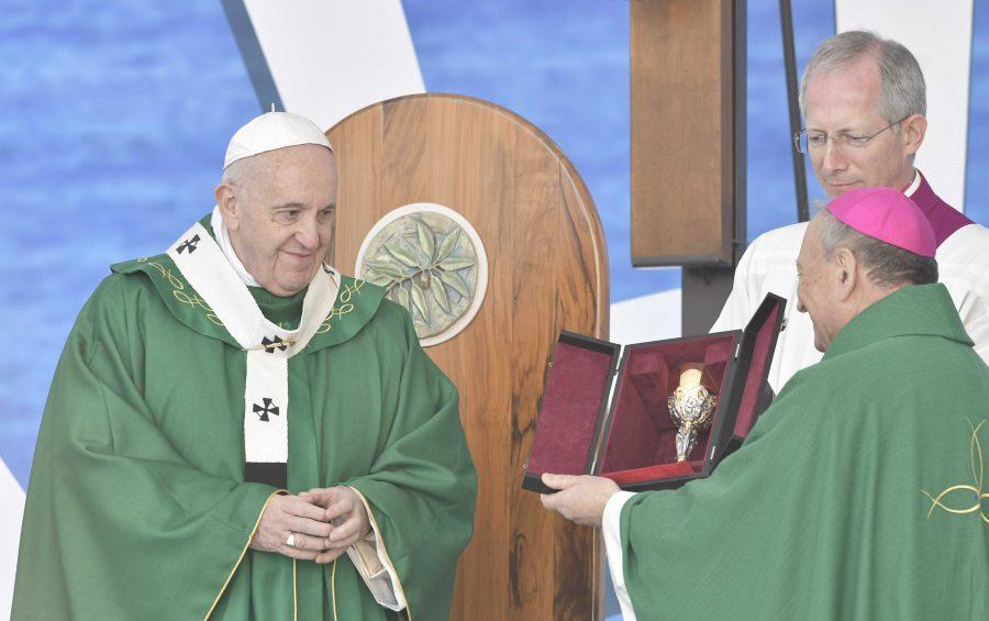 #Bari2020. Mons. Cacucci, sulle orme di san Nicola, pellegrini di pace